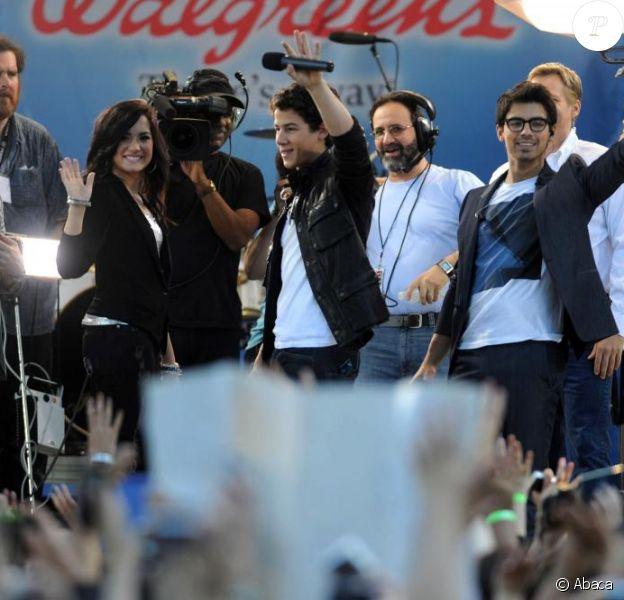 Les Jonas Brothers et Demi Lovato, qui figurent au casting du téléfilm Camp Rock 2, étaient les invités de l'émission Good Morning America, le vendredi 21 mai.