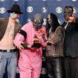 Le groupe de métal Slipknot vainqueur d'un Grammy Award en février 2006