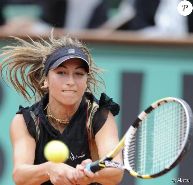 Aravane Rezaï a été battue contre la Russe Nadia Petrova (6-7 [2], 6-4, 10-8), lors du troisième tour de Roland-Garros
