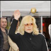 Quand Neuilly devient Saint Tropez, Sylvie Vartan se transforme en reine de la pétanque !