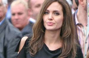 Angelina Jolie enceinte d'une fille et d'un garçon ?