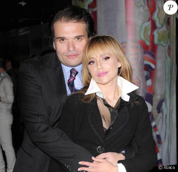 La regrettée Brittany Murphy, disparue en décembre 2009, au bras de son mari Simon Monjack, disparu en mai 2010...