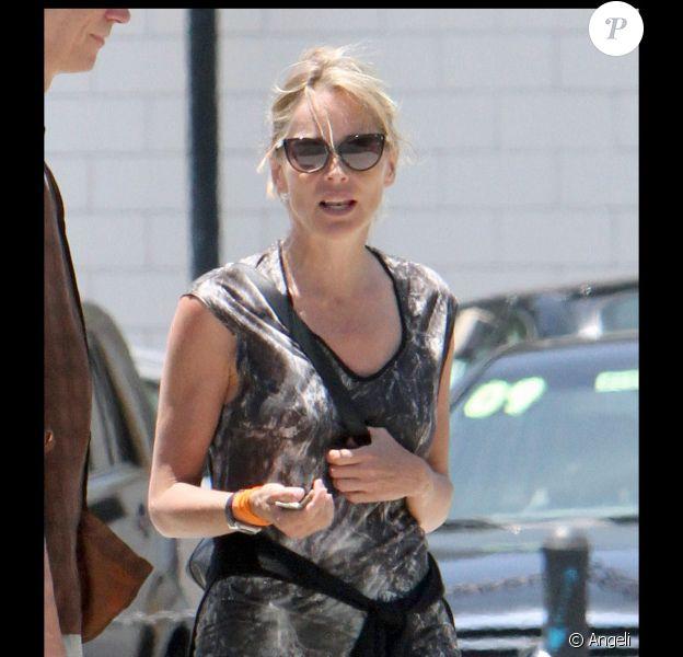 Sharon Stone à West Hollywood, le 14 juin 2010