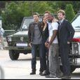 """Sharlto Copley, Jessica Biel, Liam Neeson, Quinton """"Rampage"""" Jackson et Bradley Cooper, lors du photocall promotionnel de  L'Agence tous risques  (qui sortira le 16 juin sur nos écrans), sur le Champ de Mars, à Paris, le 14 juin 2010."""