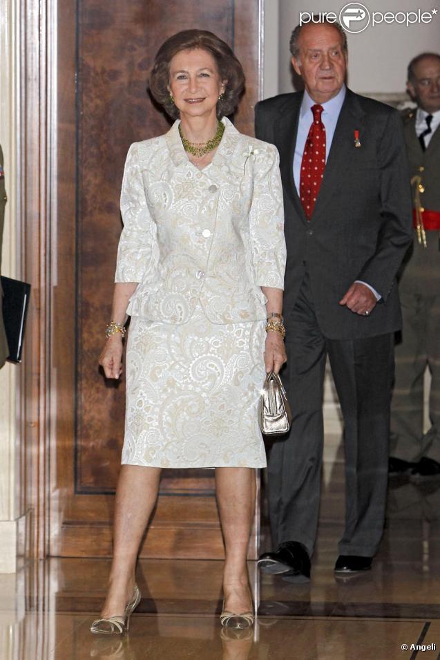 Letizia d'Espagne au Palais Zarzuela entourée de la famille royale. Le 15 juin 2010
