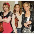Julie Depardieu avec ses copines Sylvie Testud et Marina Foïs lors de la soirée organisée pour le lancement du parfum Love, Chloé. Le 16 juin chez Apicius. Paris