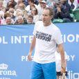 Martina Hingis était associée à John McEnroe dans un double exhibition à Liverpool le 18 juin 2010