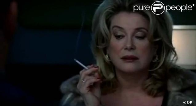 catherine deneuve dans nip tuck saison 4 pisode 12. Black Bedroom Furniture Sets. Home Design Ideas