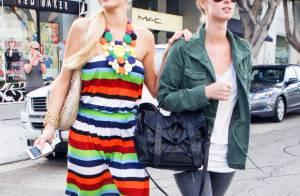 Paris Hilton : Avec sa soeur Nicky, elle a fait brûler sa carte de crédit illimitée !