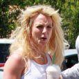 Jeudi 1er juillet, Britney Spears a offert une soupe à la grimace aux photographes, dans les rues de Los Angeles.