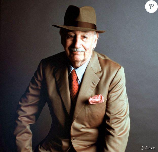 Philippe Noiret bientôt honoré dans un ouvrage écrit par sa fille et sa petite fille, intitulé Noiret de père en filles et disponible dès le 16 septembre 2010 chez Michel Lafon.