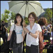 Regardez Jane Birkin et sa fille Charlotte vous inviter dans le jardin... de Serge Gainsbourg ! (réactualisé)