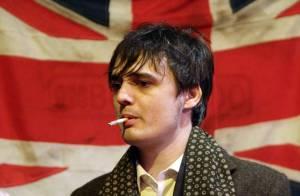 Pete Doherty : Hospitalisé d'urgence dans le plus grand secret, il laisse encore ses fans français sur le carreau !