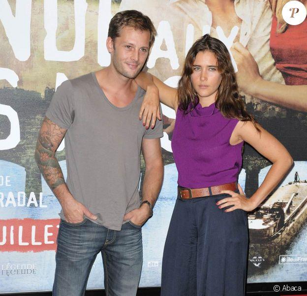 La belle Vahina Giocante et Nicolas Duvauchelle, à l'occasion de l'avant-première de La blonde aux seins nus, qui s'est tenue à l'UGC Ciné-Cité des Halles, le 19 juillet 2010.