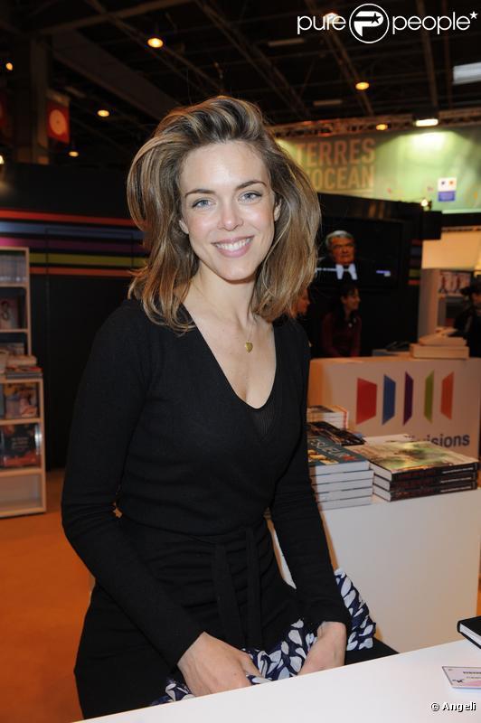 julie andrieu parle pour la premire fois de son compagnon le controvers stphane delajoux - Photos Mariage Julie Andrieu Stephane Delajoux
