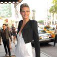 Heidi Klum ne se sent bien que dans les fameuses pumps d'Yves Saint Laurent...