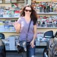 Kristin Davis se promène dans les rues de Brentwood à Los Angeles le 20 août 2010