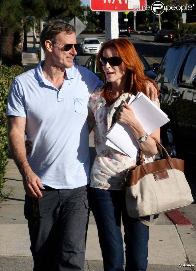 Marcia Cross et son mari Tom Mahoney : balade en amoureux à Santa Monica le 21 août 2010