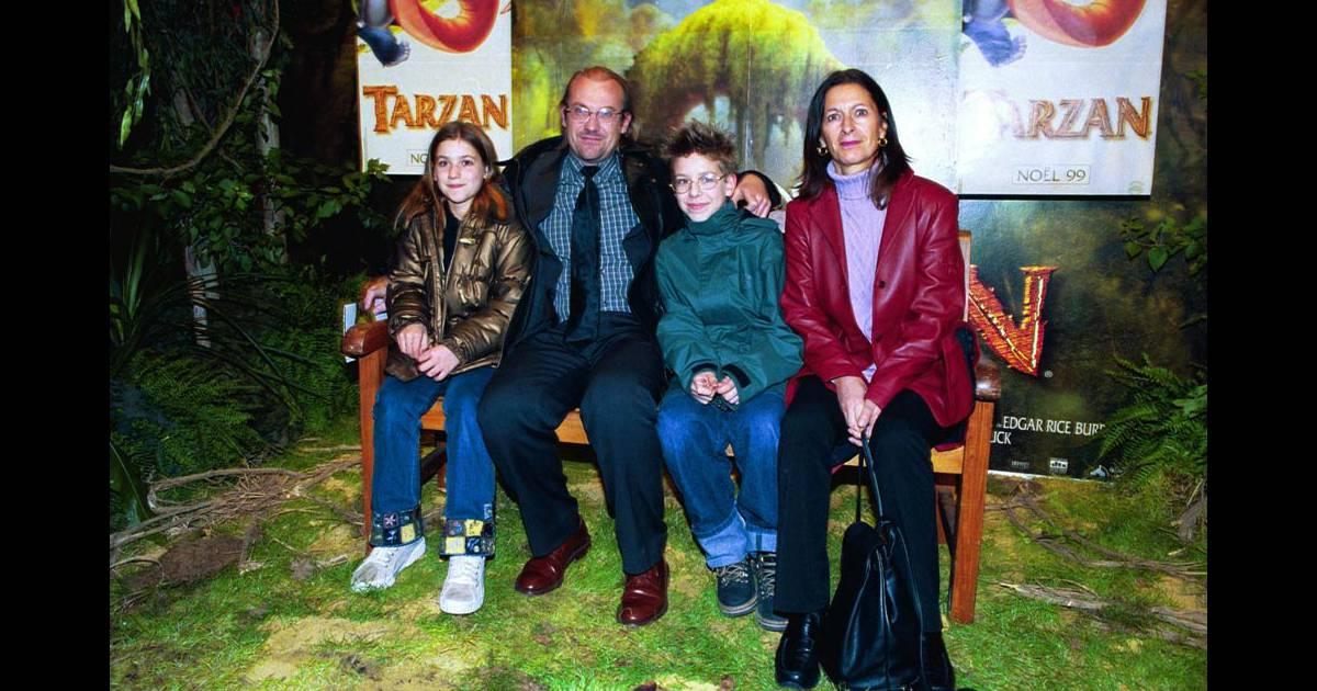 Laurent fignon en famille avec son ex pouse et leurs enfants en 1999 - Laurent bignolas et son epouse ...