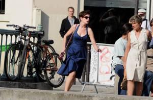 Anne Hathaway fait comme Emma Watson : elle ose la coupe courte !