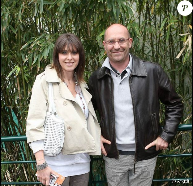 """Laurent Fignon est décédé mardi 31 août 2010, des suites du cancer qu'il affrontait avec opinâtreté. Son épouse, Valérie (photo), a décrit dans le Parisien et auprès de Marc-Olivier Fogiel un """"fort personnage"""" et un """"sacré bonhomme""""."""