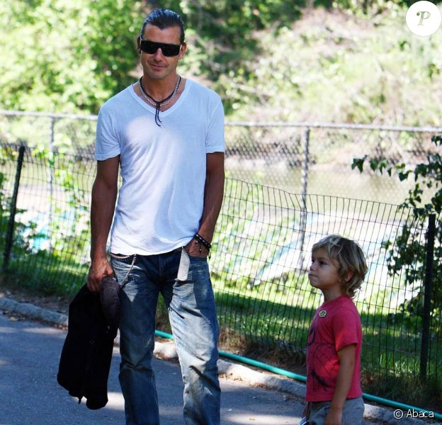 Gavin Rossdale et ses fils Zuma et Kingston à Central Park à New York, le 14 septembre 2010