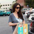 Oksana Grigorieva achète des couches pour Lucia, le 28 septembre 2010