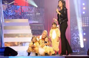 Elodie Gossuin : Ses jumeaux la rejoignent sur scène... une belle surprise !