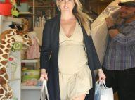 Ali Larter : Très enceinte, elle continue son marathon shopping !
