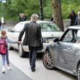 Michael Douglas emmène sa fille Carys à l'école, New York le 7 octobre 2010