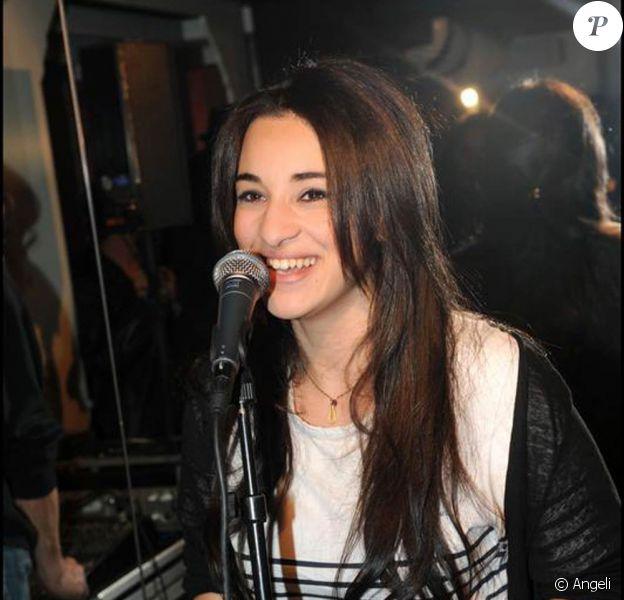 La chanteuse Camélia Jordana