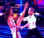Jennifer Grey et Derek Hough s'offrent une rumba dans Dancing with the stars