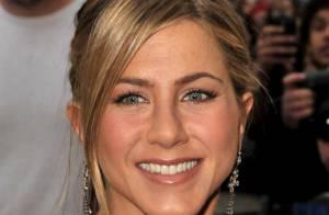 Jennifer Aniston : Défilé de bikinis et totale détente, elle a la belle vie !