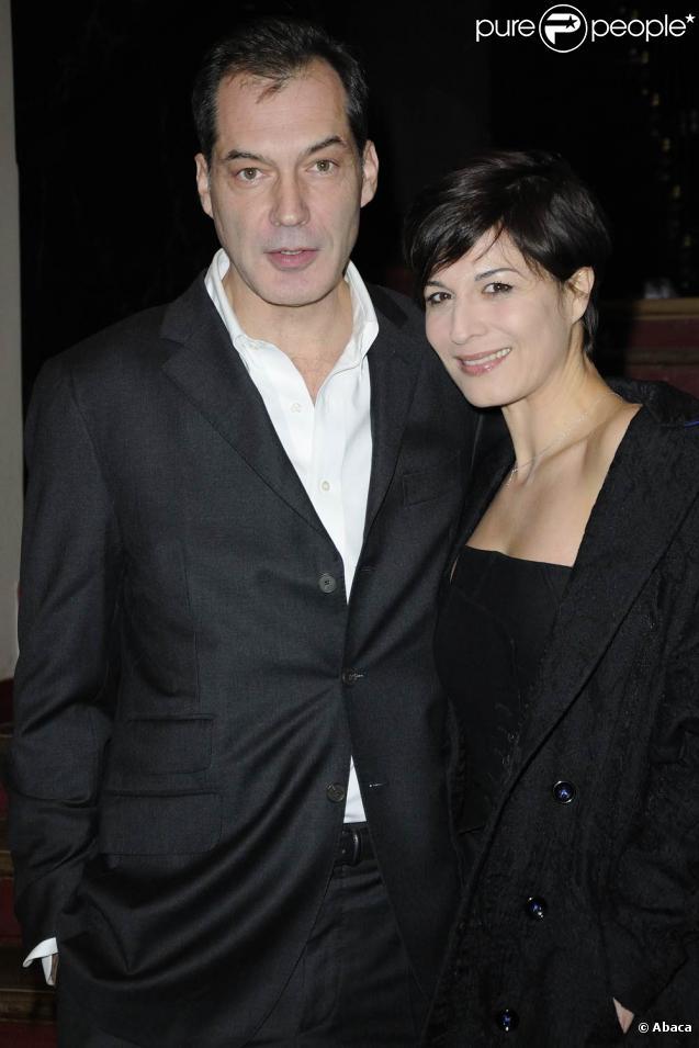 Hélène Médigue et son mari Samuel Labarthe lors du Prix du producteur français de télévision à Paris le 6 décembre 2010 dans la somptueuse salle Wagram