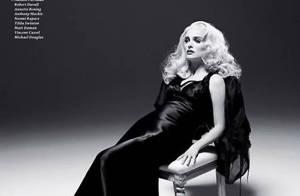 Natalie Portman : Blonde et vénéneuse pour un strip-tease de toute beauté !