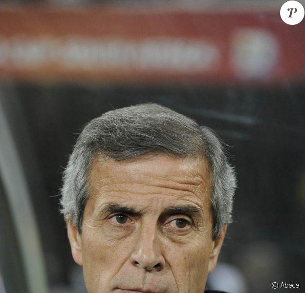 Oscar Tabarez, le sélectionneur uruguayen, a fait une désagréable découverte à son retour de la Coupe du Monde 2010...