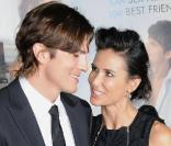 Demi Moore et Ashton Kutcher lors de la première du film No Strings Attached au Regency Village Theatre à Westwood, Los Angeles, le 11 janvier 2011