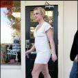 Britney Spears sort d'un studio de danse, le 12 janvier 2011, à Los Angeles.