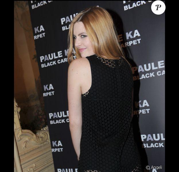 Elodie Frégé à la présentation de la collection Black Carpet de Paule Ka au Carmen à Paris, le 8 février 2011.