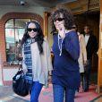 Whitney Houston et sa fille Bobbi Kristina sortent d'une clinique à Beverly Hills, le 9 février 2011