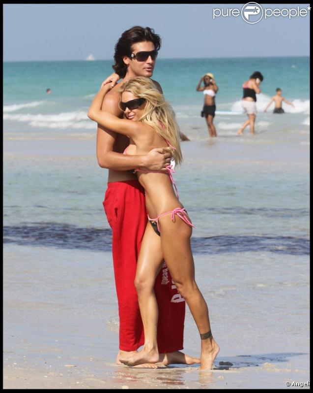 Shauna Sand à Miami Beach avec son nouveau mari, Laurent. Le 21 février 2011.