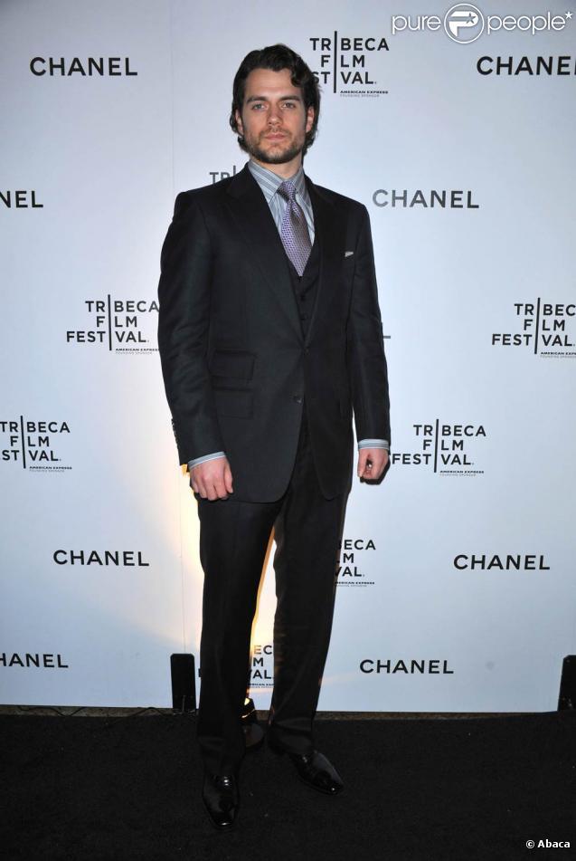 Henry Cavill sera  Superman : Man of Steel , en tournage à partir de décembre 2011.