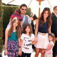 David Charvet et Brooke Burke avec leurs enfants lors du gala de charité organisé par le designer John Varvatos à Los Angeles le 13 mars 2011