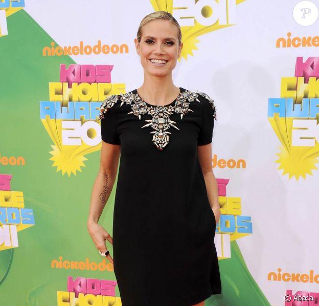 Heidi Klum lors de la grande soirée des 24e Kid's Choice Awards, organisée par la chaîne de télévision Nickélodéon dans l'enceinte du Gallen Center de Los Angeles, le 2 avril 2011.