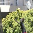Justin Bieber joue au football avec l'équipe bis du FC Barcelone, jeudi 7 avril à Barcelone (Espagne).