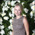 Naomi Watts divine à souhait a fait sensation en solo lors du dîner Chanel le 25 avril 2011 à New York