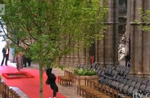Mariage de William et Kate : Un sacristain fait la roue en plein Westminster !