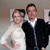 Cannes 2011 : Mélanie Laurent, une maîtresse de cérémonie superbe et détendue !