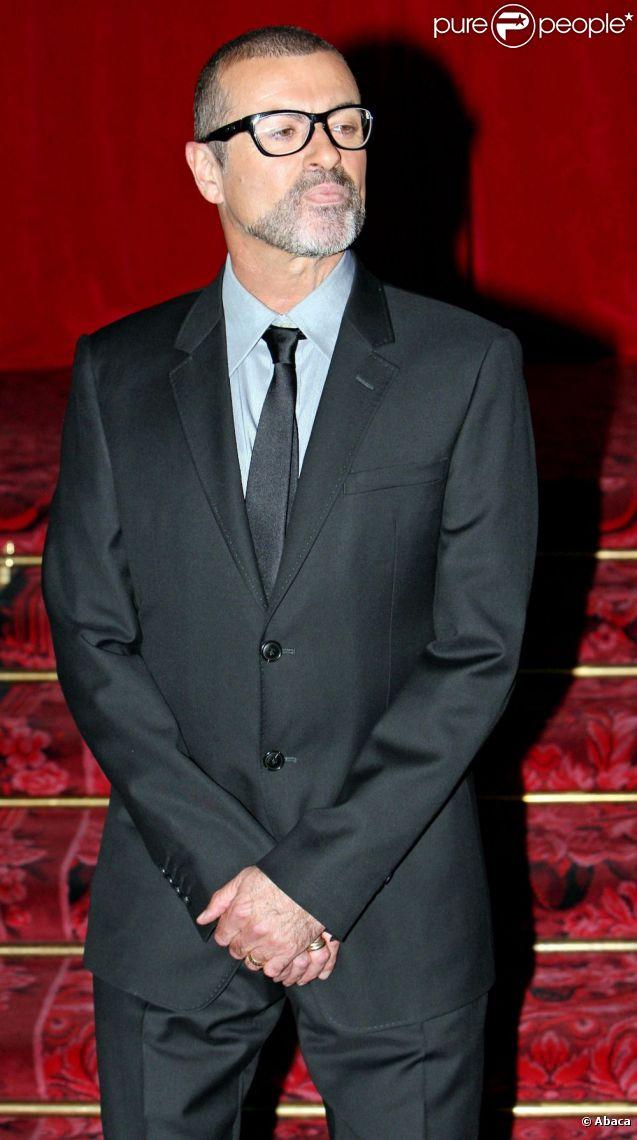 George Michael annonce sa prochaine tournée Symphonica, au Royal Opera House, à Londres le 11 mai 2011