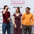 Dominique Abel, Fiona Gordon et Bruno Romy sur la plage du Majestic 64 lors du festival de Cannes le 12 mai 2011